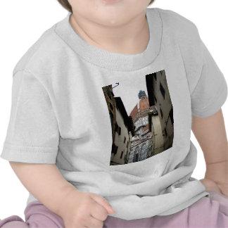 Basílica inminente camiseta