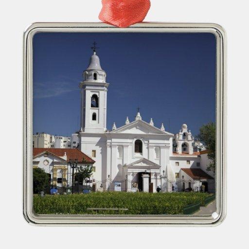 Basílica Nuestra Senora del Pilar en Recoleta 2 Adorno Cuadrado Plateado