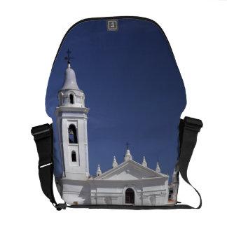 Basilica Nuestra Senora del Pilar in Recoleta Messenger Bag