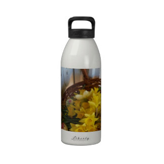 Basket of Yellow Daffodils,white antique door Drinking Bottle