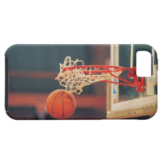 Basketball dropping through hoop iPhone SE/5/5s case