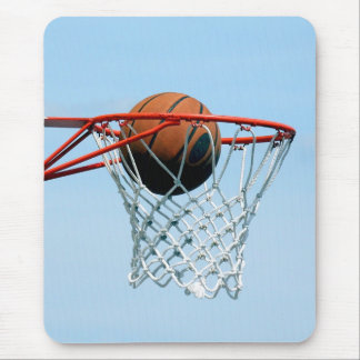 Basketball score mouse pad