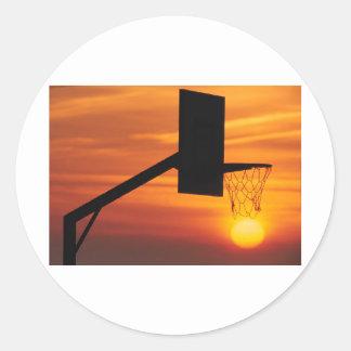 BASKETBALL SUNSET CLASSIC ROUND STICKER