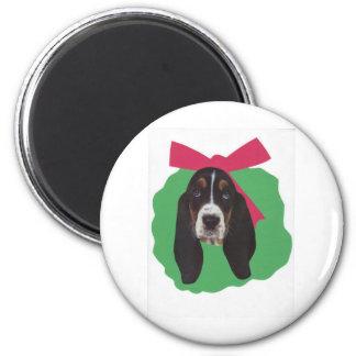 Basset Hound Christmas Wreath Magnet