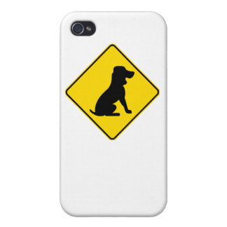 Basset Hound Crossing iPhone 4/4S Cover