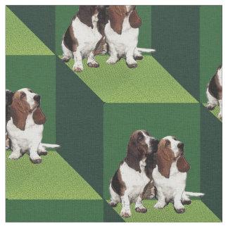 Basset Hound en los cubos verdes Telas