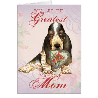 Basset Hound Heart Mom Card