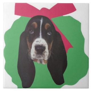 Basset Hound Holiday Wreath Tile