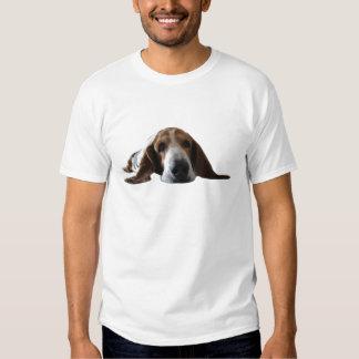 Basset Hound lying down Tee Shirt