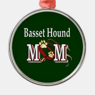 Basset Hound Mom Metal Ornament