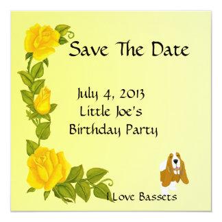 """Basset Hound y rosas amarillos Invitación 5.25"""" X 5.25"""""""