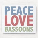 Bassoons del amor de la paz tapetes de ratón