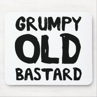 Bastardo viejo gruñón alfombrillas de ratones