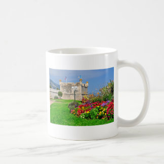 Bastión de Menton en Francia Taza De Café