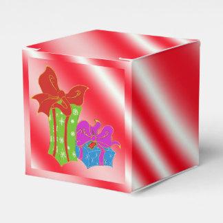 Bastón de caramelo rayado con la caja del favor de caja para regalos
