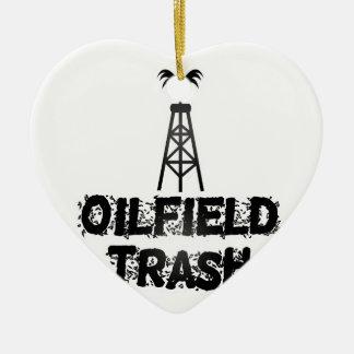 Basura del campo petrolífero adorno navideño de cerámica en forma de corazón