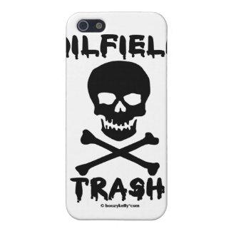 Basura del campo petrolífero, cráneo y bandera pir iPhone 5 cárcasa