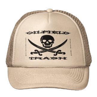 Basura del campo petrolífero, cráneo y bandera pir gorro de camionero