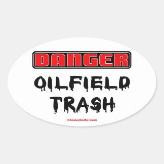 Basura del campo petrolífero del peligro, matón, pegatina ovalada
