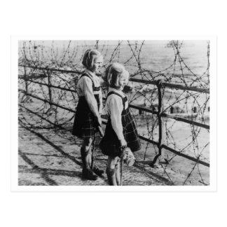 Batalla de Inglaterra y los bombardeos: Barricadas Postales