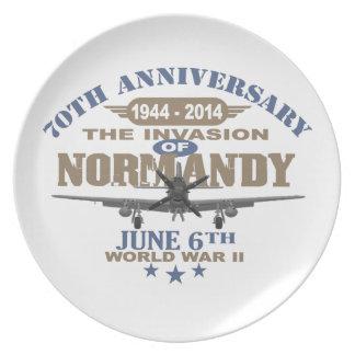 Batalla del aniversario del día D 70.o de Normandí Plato Para Fiesta