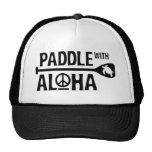 Bátase con el gorra del camionero de la hawaiana e