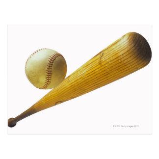 Bate de béisbol y bola postales
