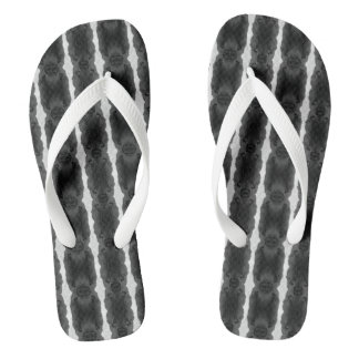 Bath sandals - black-and-white examined