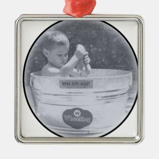 bath time tub metal ornament