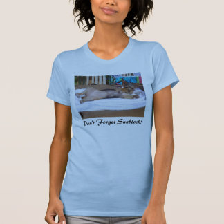 Bathing Beauty, Don't Forget Sunblock! T Shirt