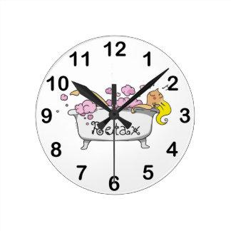 bathing girl wall clock