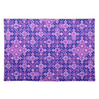 Batik tribal - sombras de la púrpura mantel individual