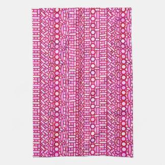 Batik tribal - sombras del rosa y de Borgoña Toalla