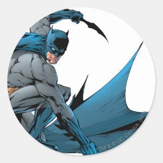 Batman abajo en la tierra pegatina redonda