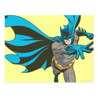 Batman distribuye tarjetas postales