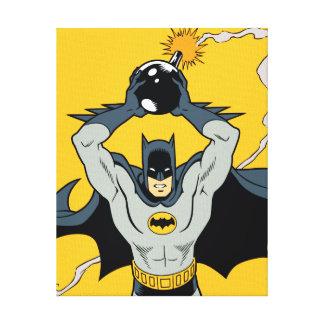 Batman que corre con la bomba impresiones de lienzo