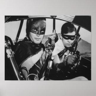 Batman y petirrojo en Batmobile Póster