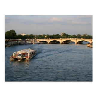 Batobus en Pont de la Concorde Tarjetas Postales