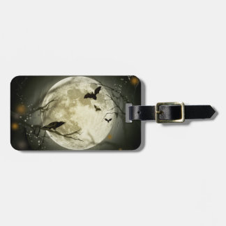 Bats fly Crow sits in Front of Halloween Full Moon Tag For Luggage