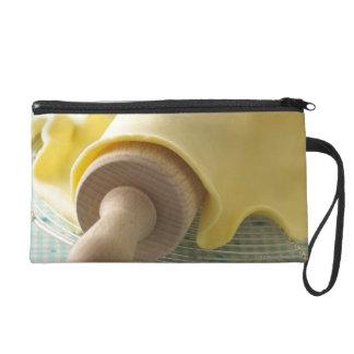 Batter for tart wristlet purse