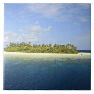 Baughagello Island, South Huvadhoo Atoll, 3 Tiles
