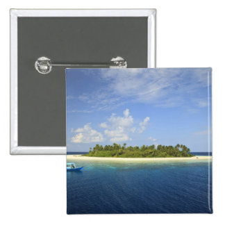 Baughagello Island, South Huvadhoo Atoll, Button