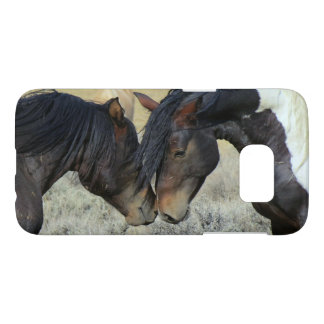 Bay and Paint Wild Horses Touch Noses Samsung Galaxy S7 Case