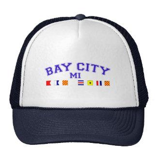 Bay City, MI - deletreo náutico Gorro