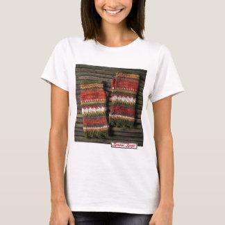 Bazaar Bayar Knitted Fingerless Gloves T-Shirt