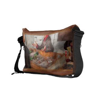 Bazaar - I sell fish Commuter Bag