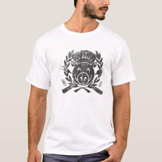 BBQ Crest - worn black T-Shirt