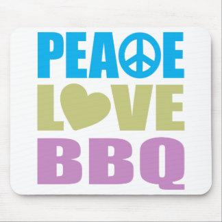 Bbq del amor de la paz alfombrillas de ratón