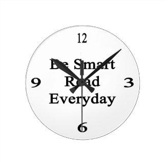 Be Smart Read Everyday Round Clocks