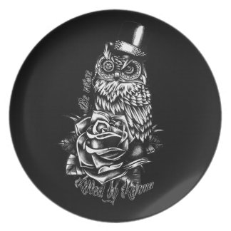 Be wise black owl with top hat illustration. dinner plate